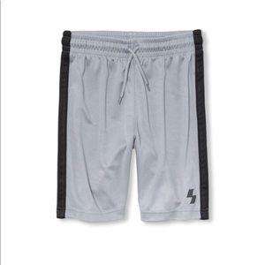 NWT PLACE Boys Gray Sport Side Stripe Shorts XS 4